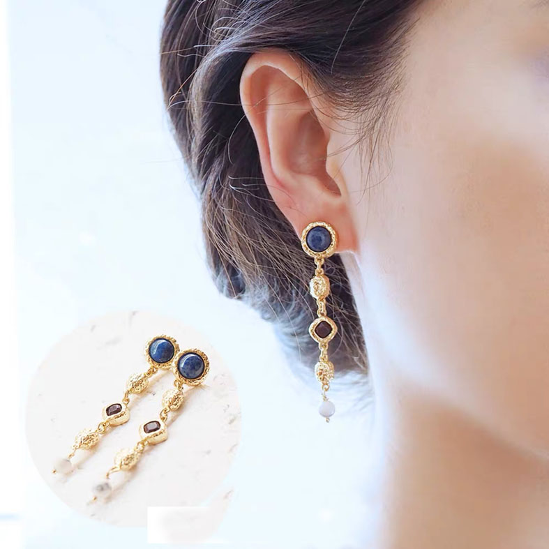 Royal style nature stone earring
