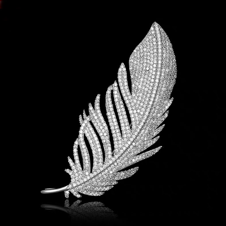 Quality feather design brooch & Necklace