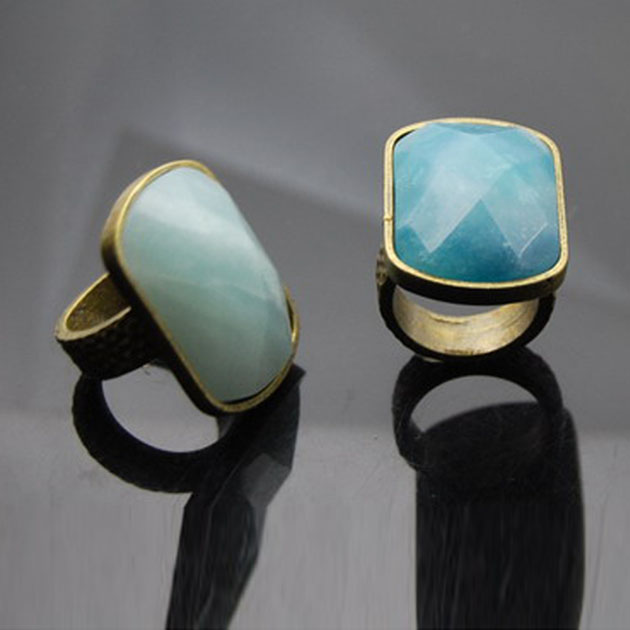 Antique nature stone metal ring